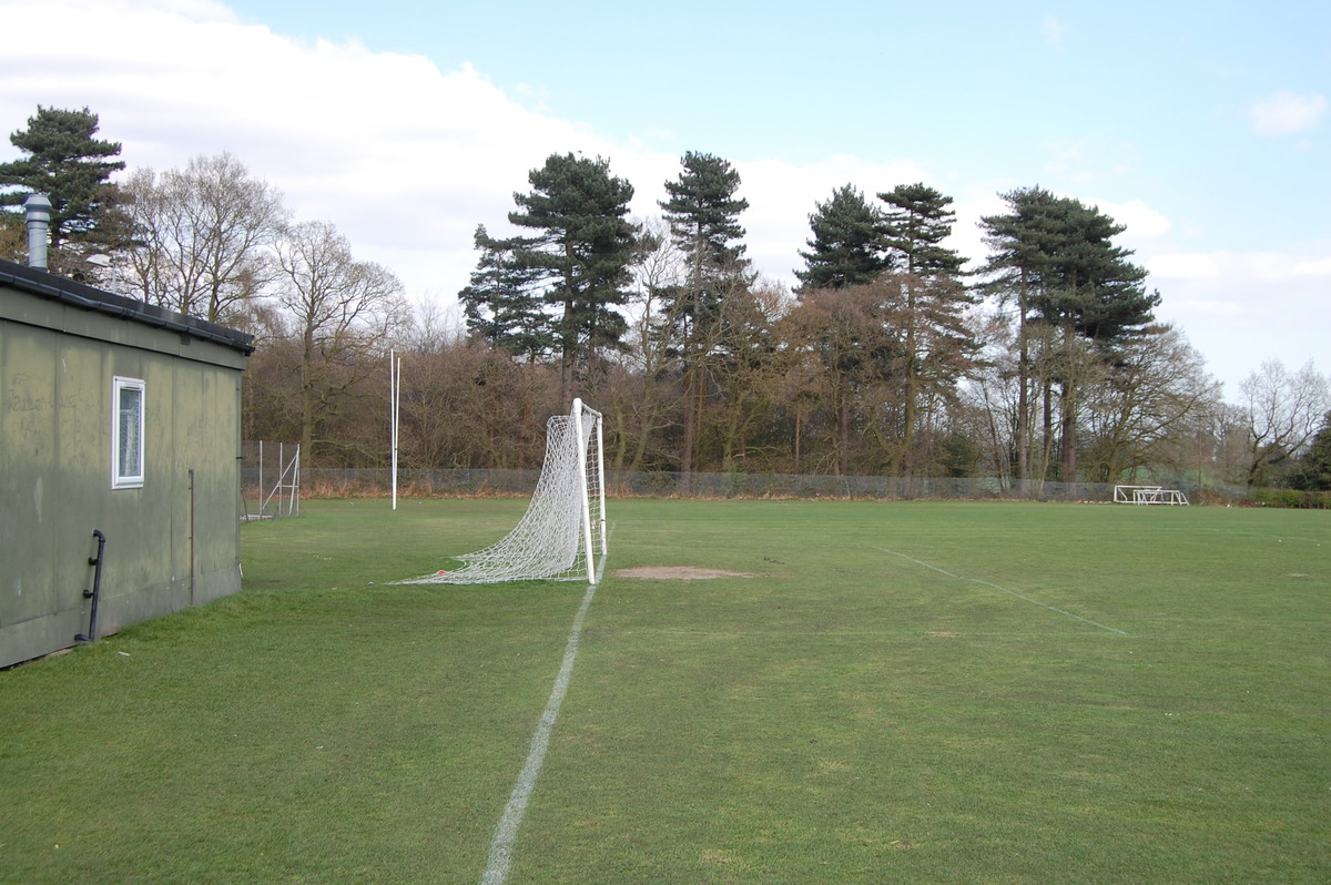 11a side Football Pitch - Framingham Earl High School - Norfolk - 4 - SchoolHire