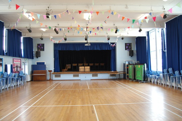 Hall - Framingham Earl High School - Norfolk - 1 - SchoolHire