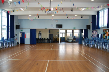 Hall - Framingham Earl High School - Norfolk - 2 - SchoolHire