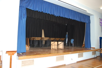 Hall - Framingham Earl High School - Norfolk - 3 - SchoolHire
