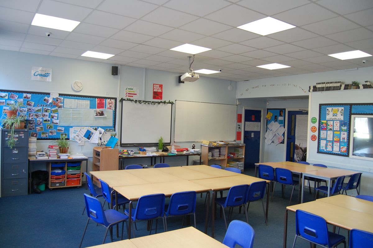 School Classrooms - Framingham Earl High School - Norfolk - 1 - SchoolHire