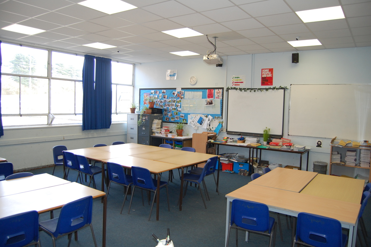 School Classrooms - Framingham Earl High School - Norfolk - 3 - SchoolHire