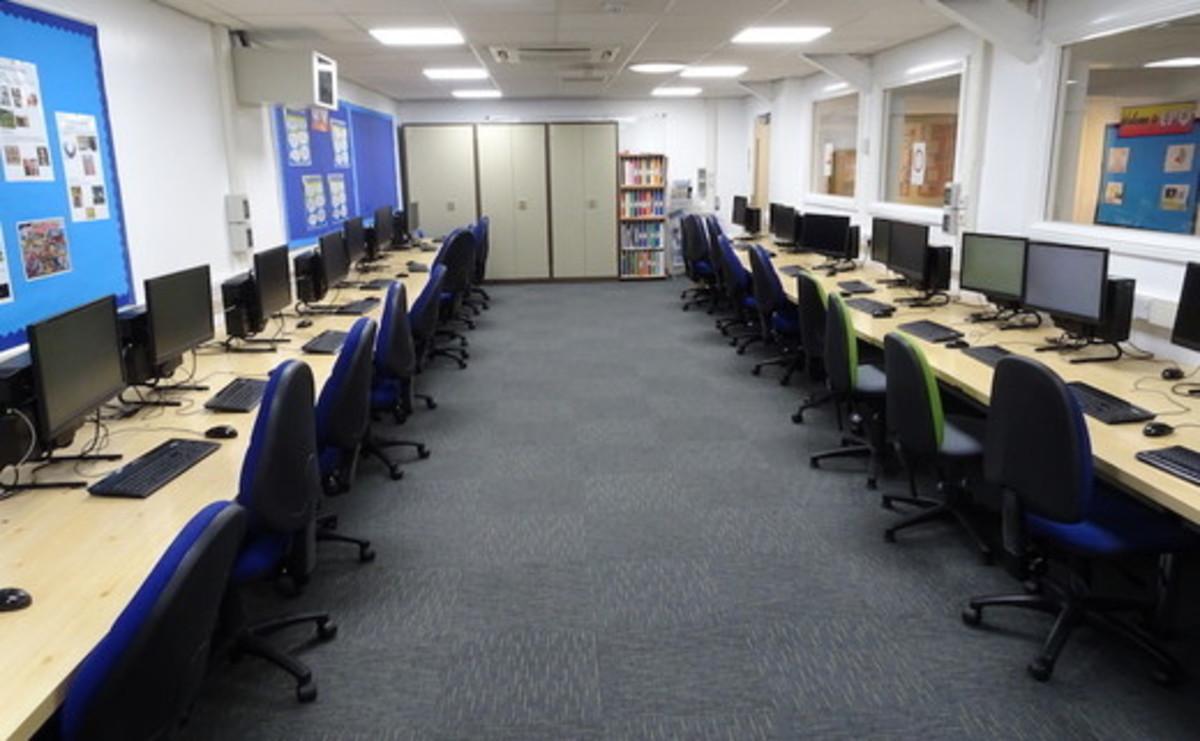 IT Suite  - SLS @ Winstanley College - Wigan - 1 - SchoolHire