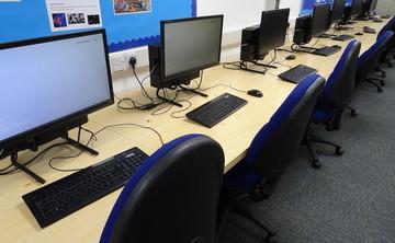 IT Suite  - SLS @ Winstanley College - Wigan - 2 - SchoolHire