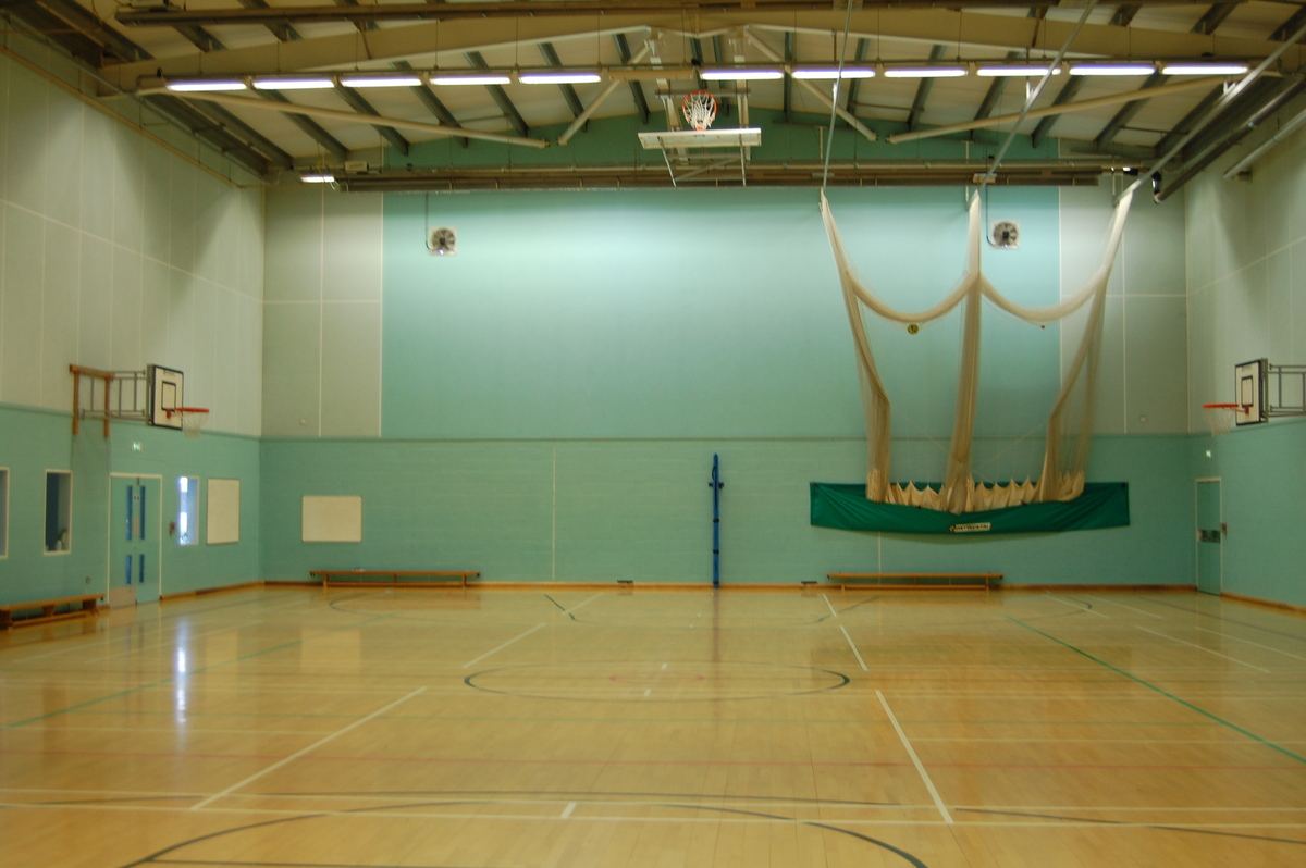 Sports Hall - Framingham Earl High School - Norfolk - 2 - SchoolHire