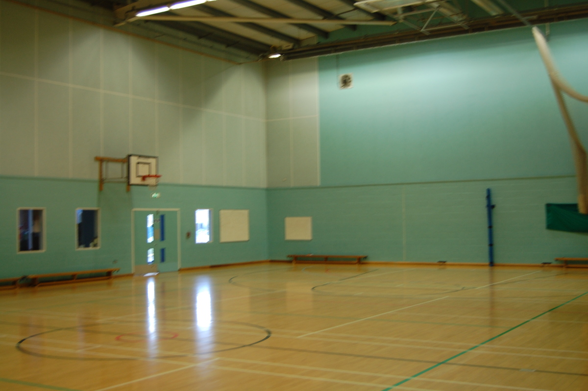Sports Hall - Framingham Earl High School - Norfolk - 4 - SchoolHire
