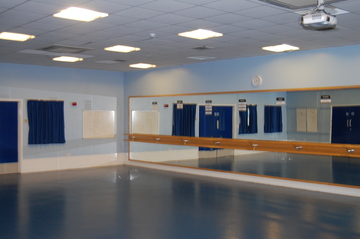 Studio - Framingham Earl High School - Norfolk - 1 - SchoolHire