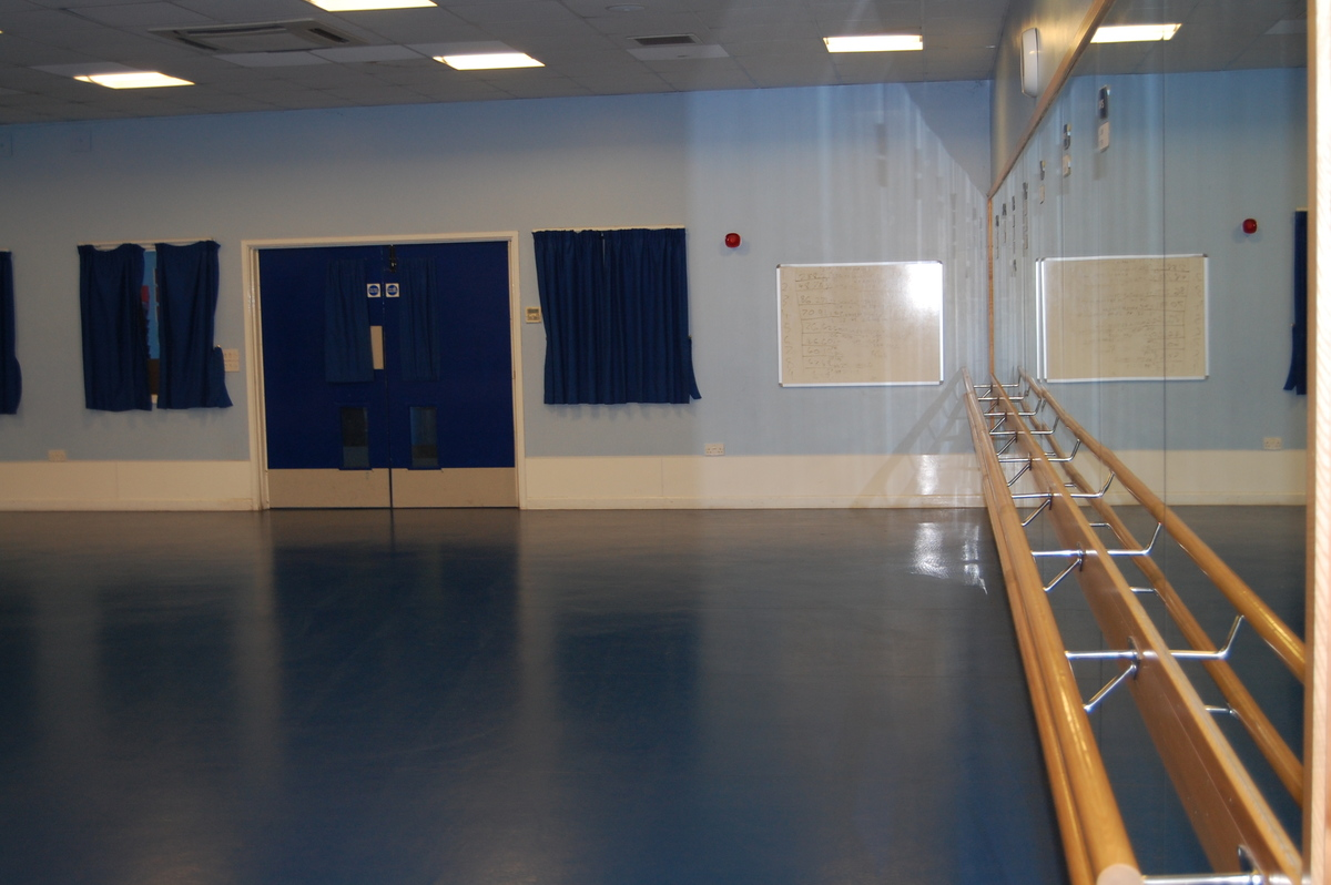 Studio - Framingham Earl High School - Norfolk - 3 - SchoolHire