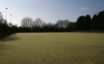 Astro Turf Pitch - SLS @ Wykham Park Academy (Banbury Academy) - Oxfordshire - 1 - SchoolHire