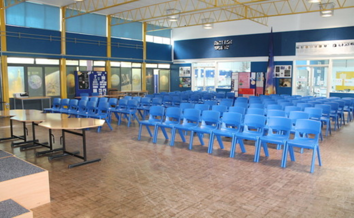 Main Hall  - SLS @ Wykham Park Academy (Banbury Academy) - Oxfordshire - 1 - SchoolHire