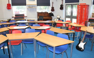 Music Room - SLS @ Wykham Park Academy (Banbury Academy) - Oxfordshire - 1 - SchoolHire