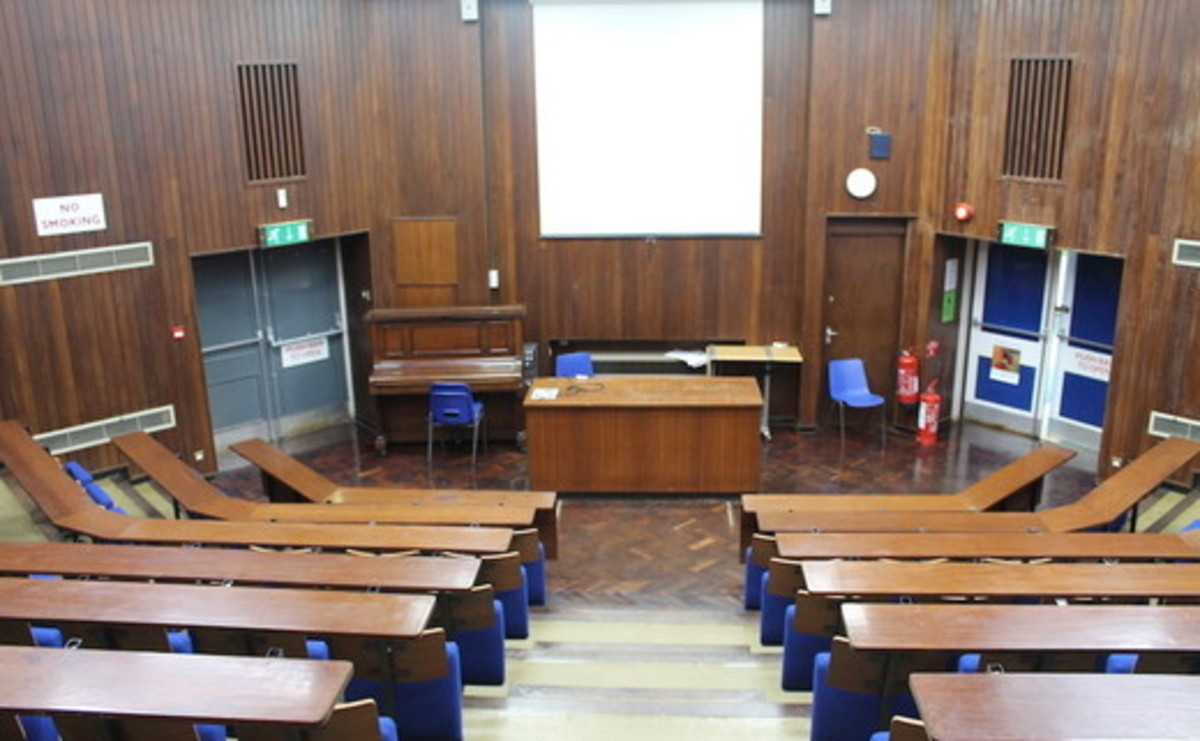 Lecture Theatre  - SLS @ Wykham Park Academy (Banbury Academy) - Oxfordshire - 2 - SchoolHire