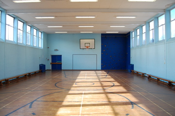 Gymnasium - Framingham Earl High School - Norfolk - 1 - SchoolHire
