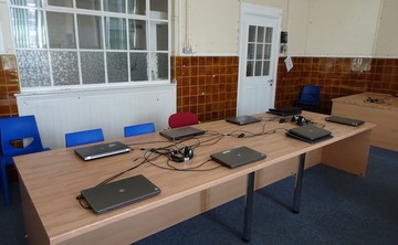 Specialist Classroom - IT Suite  - SLS @ Ark Oval Primary Academy - Croydon - 1 - SchoolHire