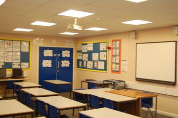 SC Classroom - Framingham Earl High School - Norfolk - 1 - SchoolHire