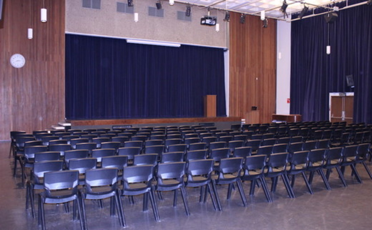 Main Hall  - SLS @ Haggerston School - Hackney - 2 - SchoolHire