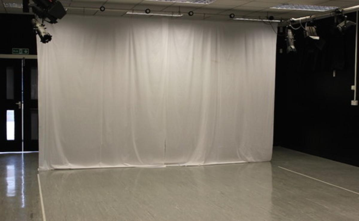 Drama Studio  - SLS @ Haggerston School - Hackney - 1 - SchoolHire