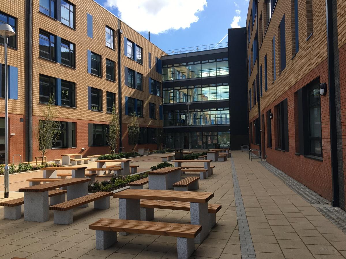Westfield Academy - Hertfordshire - 2 - SchoolHire