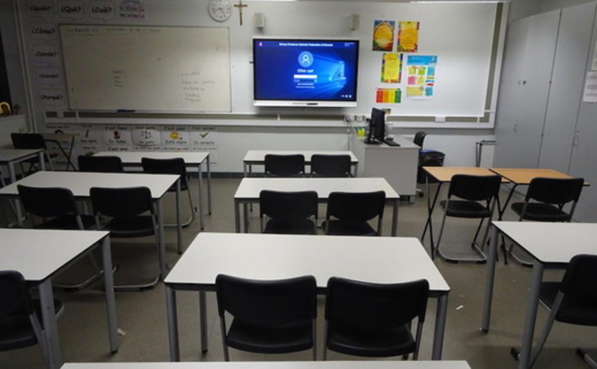 Classrooms - SLS @ Bishop Challoner Catholic Federation of Schools - Tower Hamlets - 2 - SchoolHire