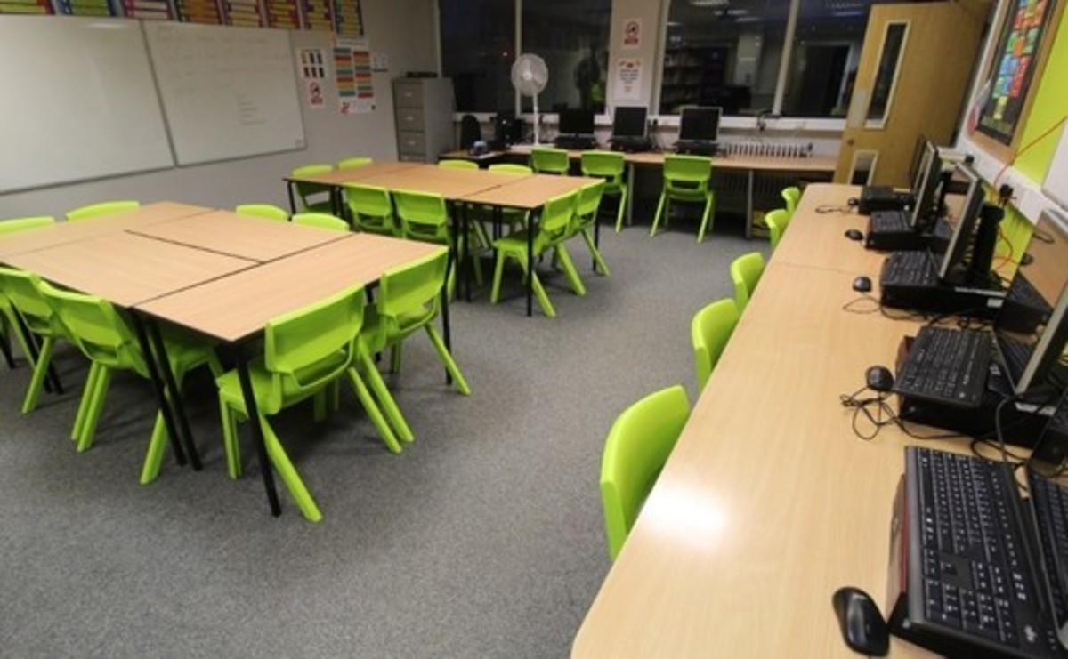 Classroom - SLS @ Blessed Robert Sutton Catholic Voluntary Academy - Staffordshire - 3 - SchoolHire