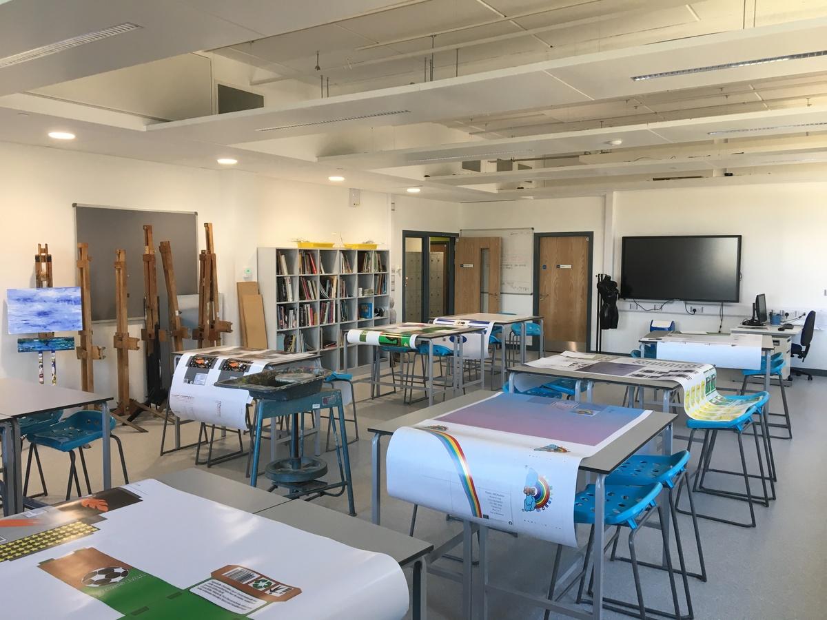 Art Room - Westfield Academy - Hertfordshire - 4 - SchoolHire