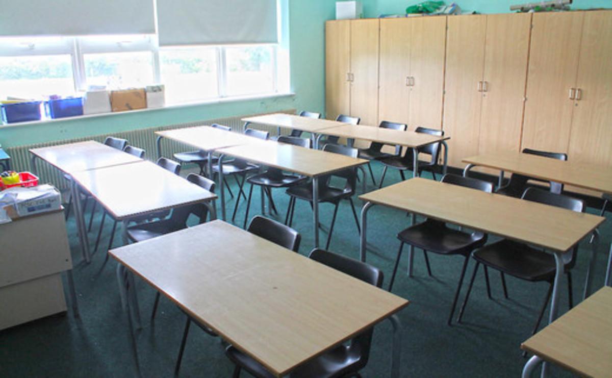 Classroom - SLS @ Chalfonts Community College - Buckinghamshire - 1 - SchoolHire