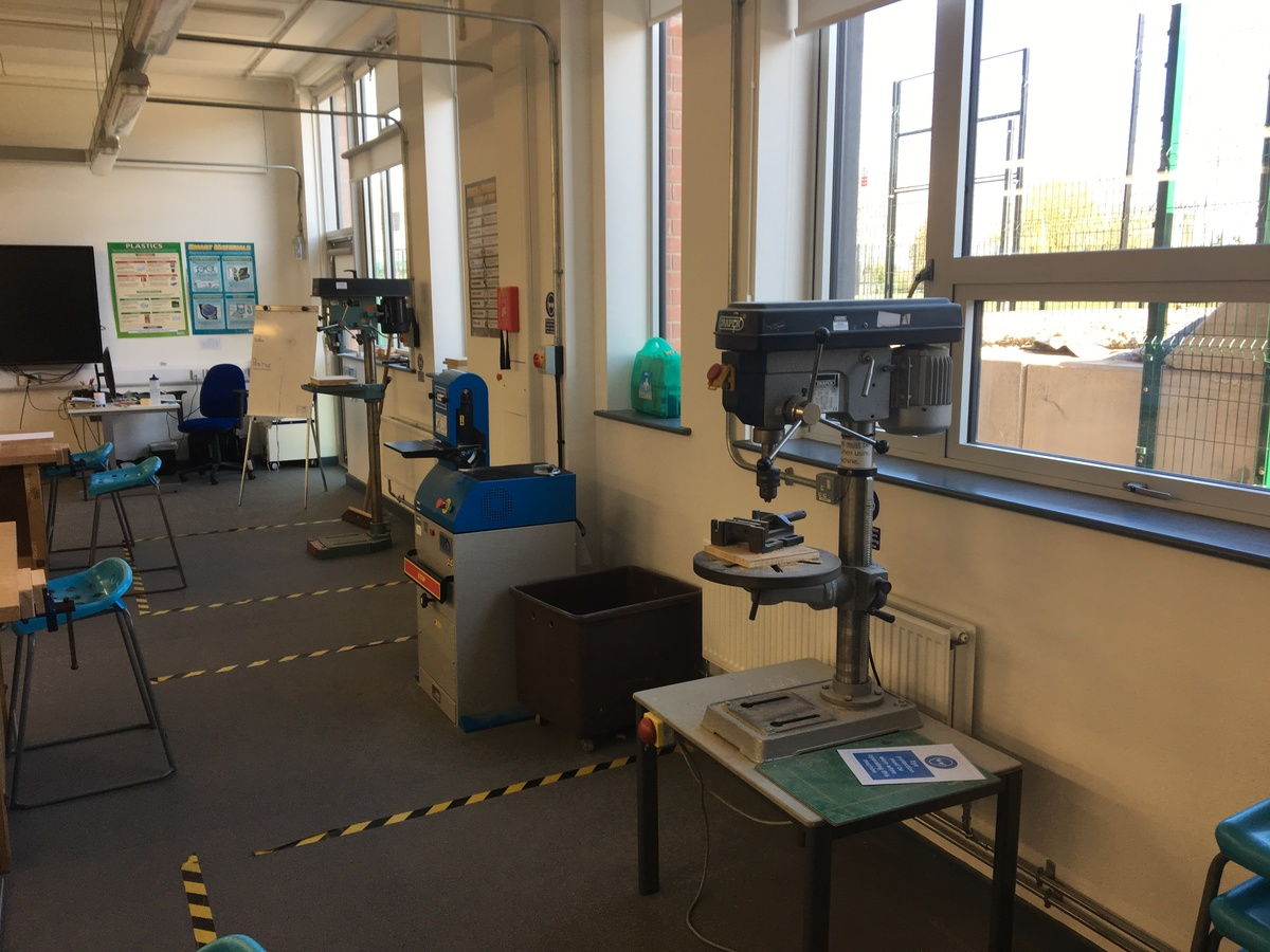 DT Room - Westfield Academy - Hertfordshire - 2 - SchoolHire