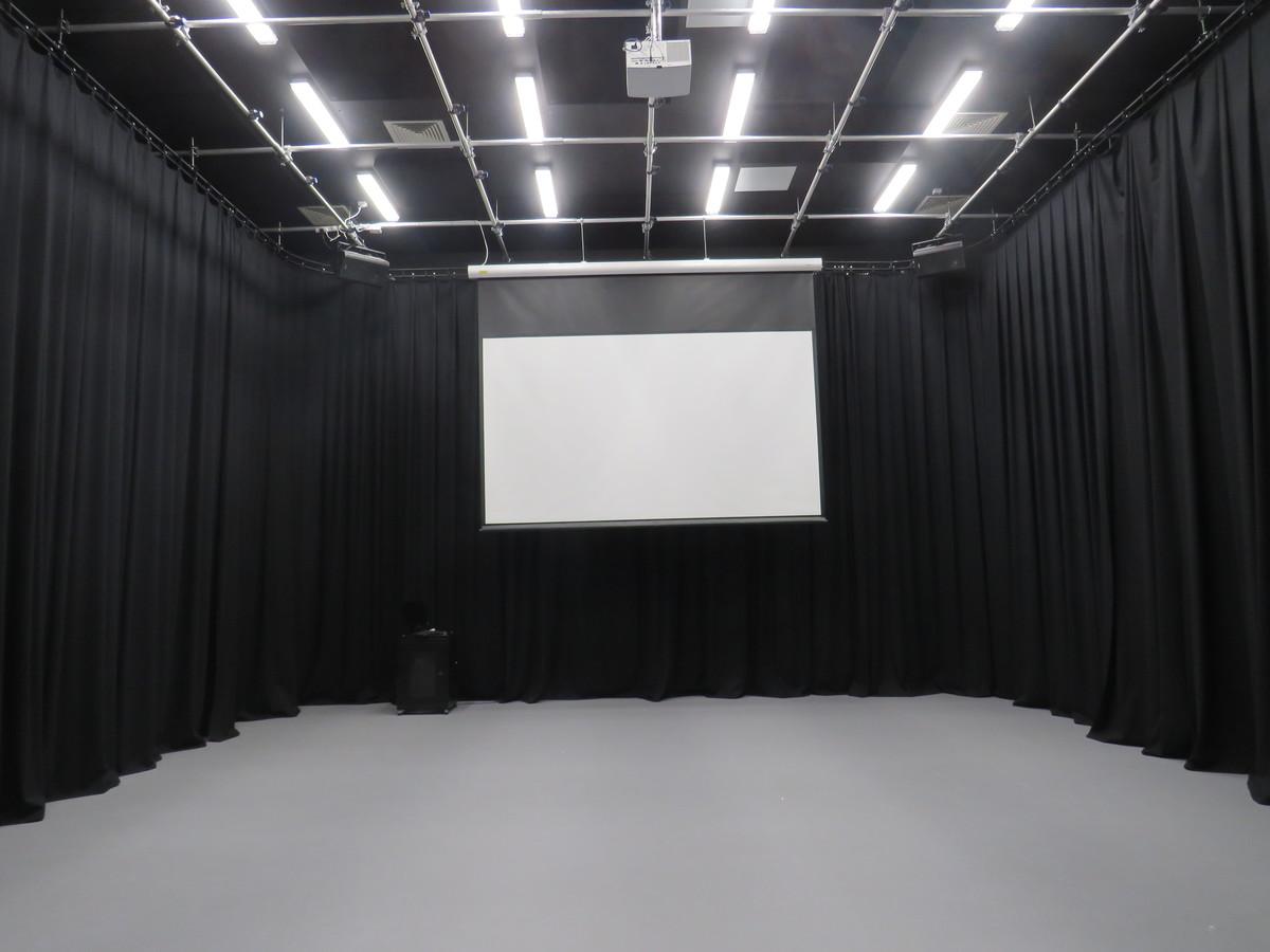 Film Studio 1 - UTC@MediaCityUK - Manchester - 3 - SchoolHire