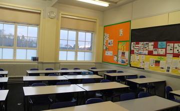 Specialist Classrooms - SLS @ Lancaster Royal Grammar School - Lancashire - 1 - SchoolHire