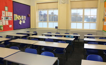 Specialist Classrooms - SLS @ Lancaster Royal Grammar School - Lancashire - 2 - SchoolHire
