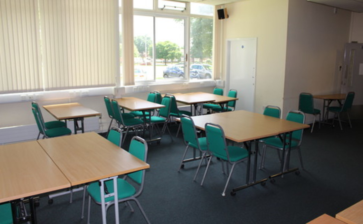 Conference Room - Jas Suite - SLS @ Light Hall School - Solihull - 1 - SchoolHire