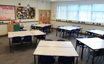 Classroom - SLS @ Light Hall School - Solihull - 1 - SchoolHire
