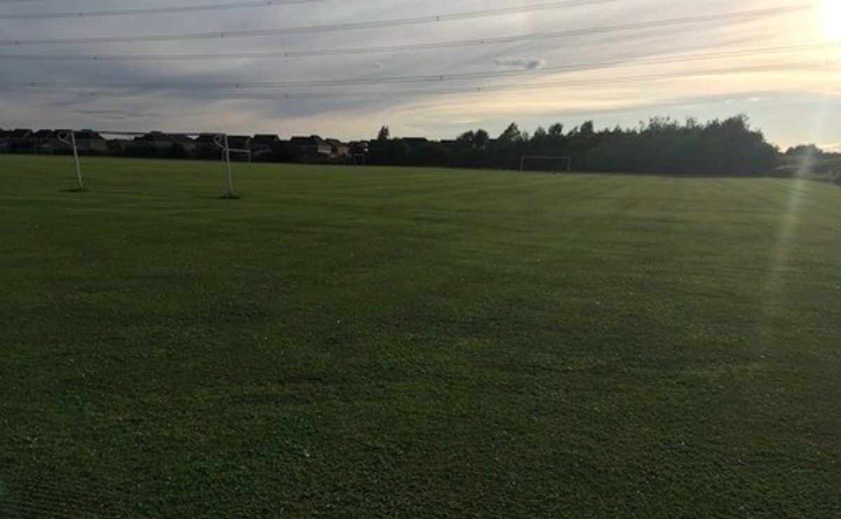 Grass Football Pitch - 9 v 9 - SLS @ Magdalen College School - Northamptonshire - 3 - SchoolHire