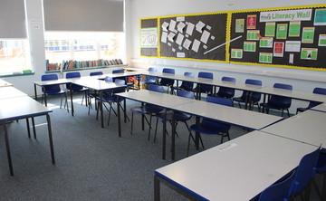 Classroom - SLS @ Magdalen College School - Northamptonshire - 1 - SchoolHire