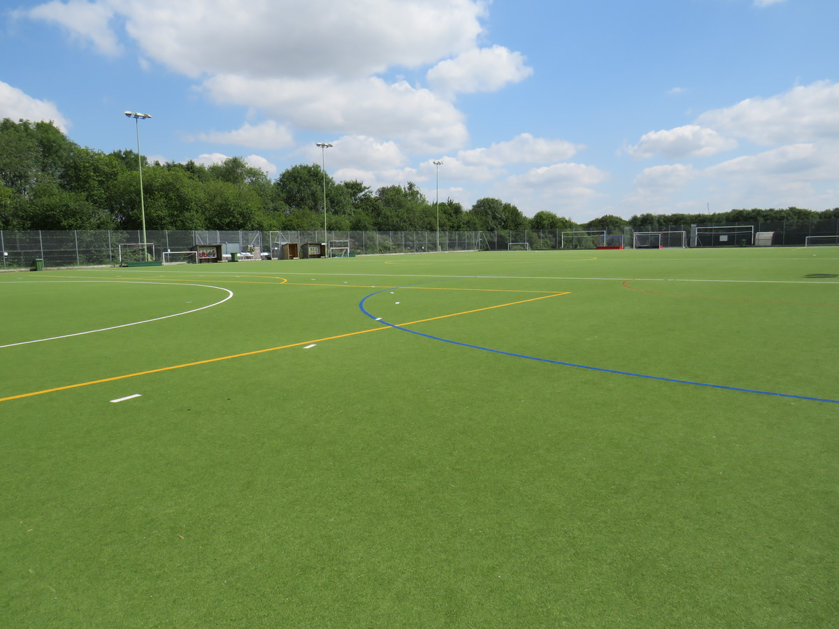3G Astroturf Pitch - Kings' School Sports and Community Centre - Hampshire - 2 - SchoolHire