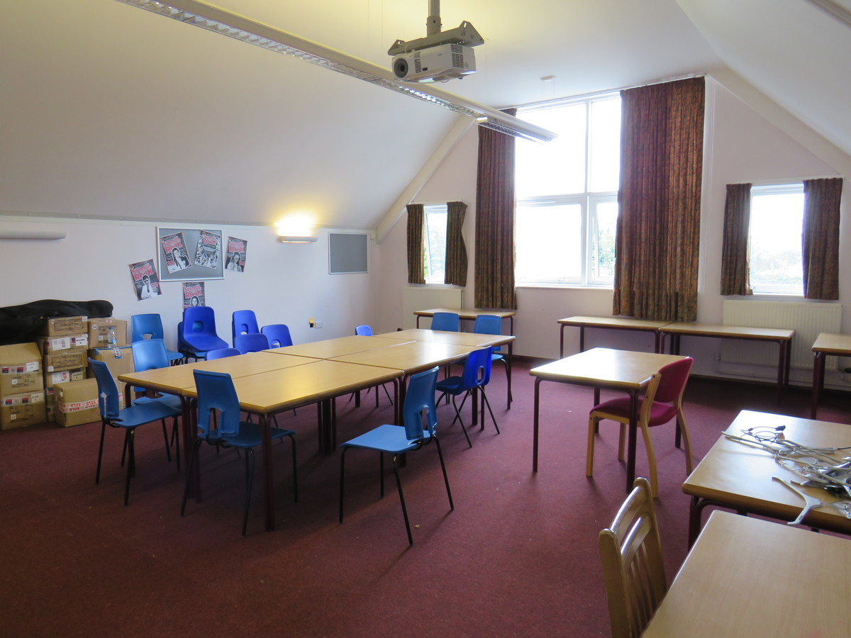 Classroom/Meeting Room - Kings' School Sports and Community Centre - Hampshire - 1 - SchoolHire