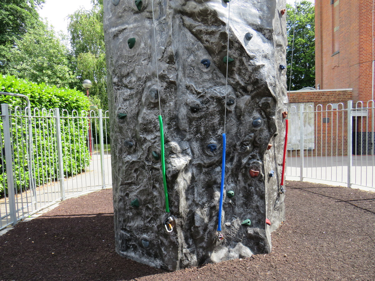 Climbing Wall - Kings' School Sports and Community Centre - Hampshire - 2 - SchoolHire