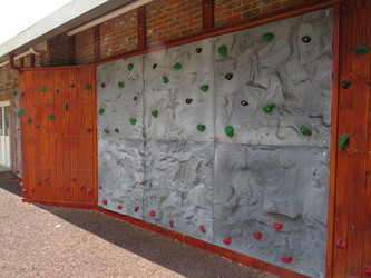 Climbing Wall - Kings' School Sports and Community Centre - Hampshire - 3 - SchoolHire