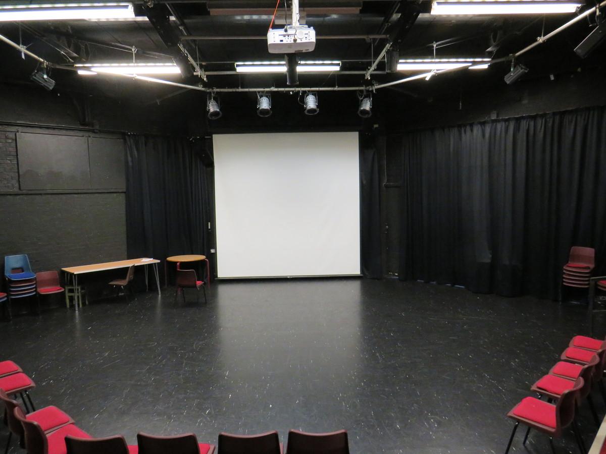 Tower Auditorium Theatre - Kings' School Sports and Community Centre - Hampshire - 1 - SchoolHire