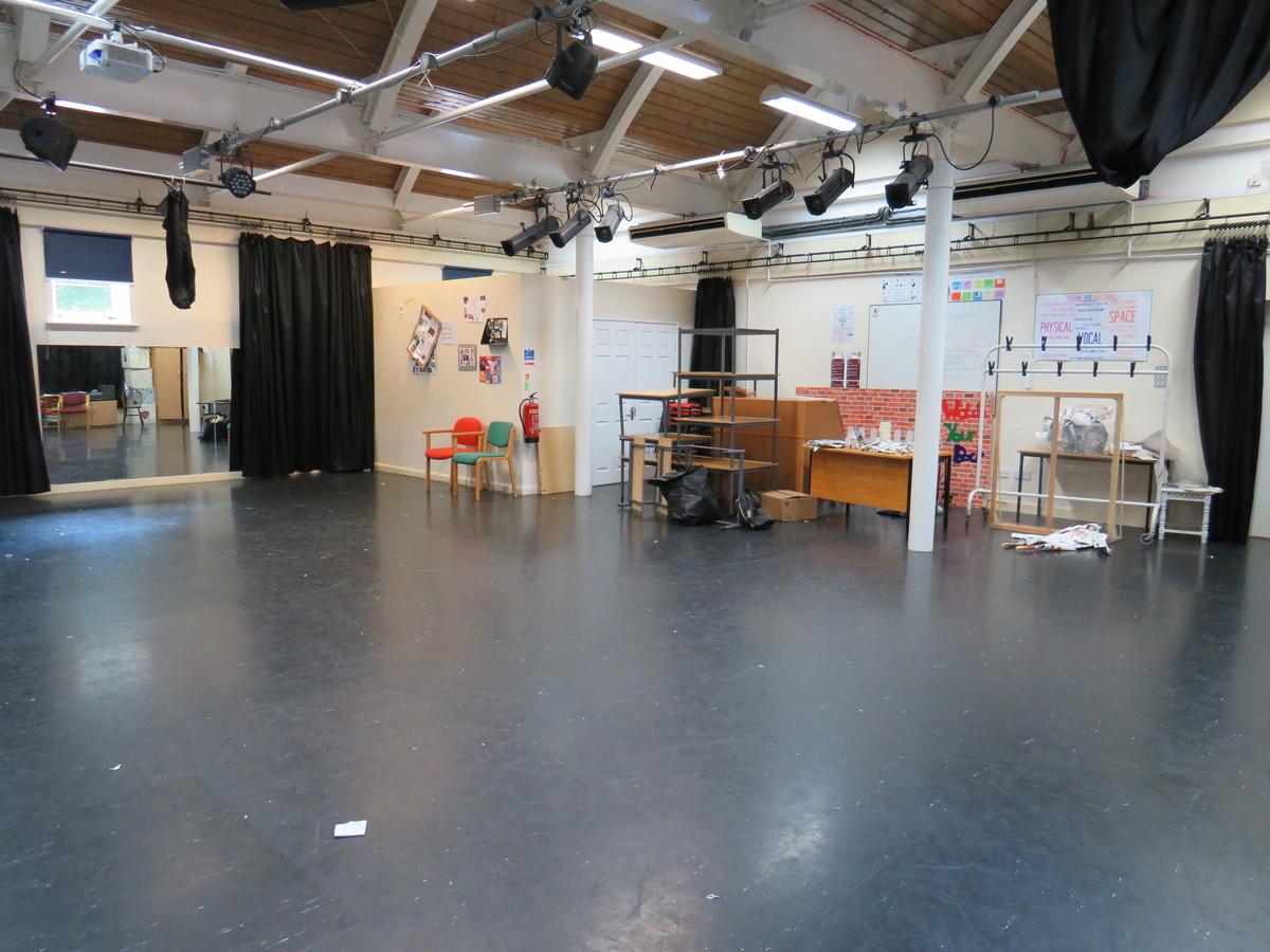 Tower Dance/Drama Studio - Kings' School Sports and Community Centre - Hampshire - 1 - SchoolHire