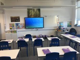 Standard Classroom - Westfield Academy - Hertfordshire - 1 - SchoolHire