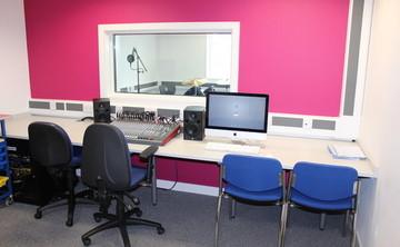 Recording Studio - SLS @ Oasis Academy MediaCityUK - Manchester - 1 - SchoolHire