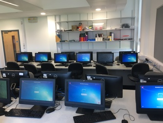 IT Rooms - Westfield Academy - Hertfordshire - 2 - SchoolHire