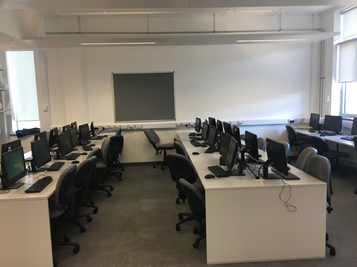 IT Rooms - Westfield Academy - Hertfordshire - 3 - SchoolHire