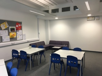Small Classrooms - Westfield Academy - Hertfordshire - 2 - SchoolHire