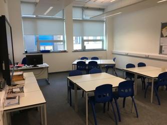 Small Classrooms - Westfield Academy - Hertfordshire - 4 - SchoolHire