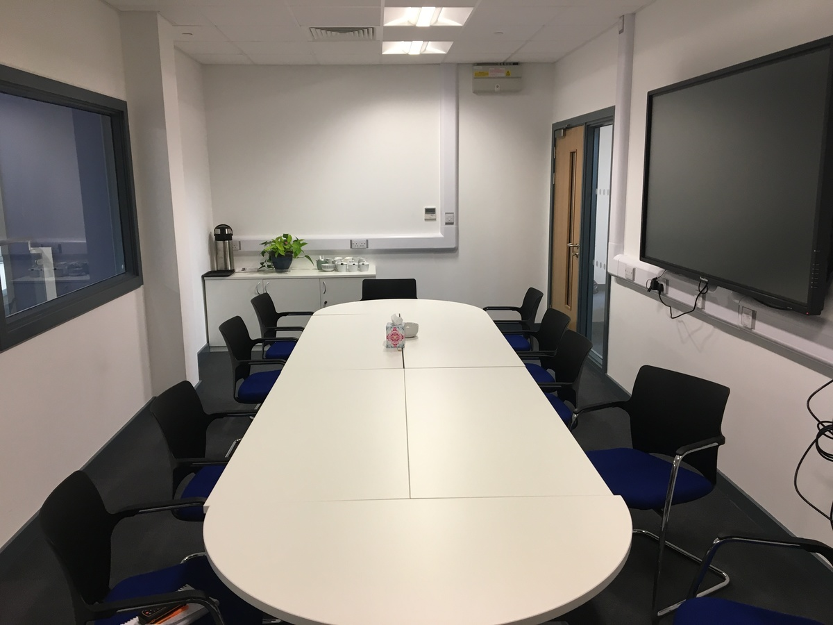 Meeting Room - Westfield Academy - Hertfordshire - 2 - SchoolHire