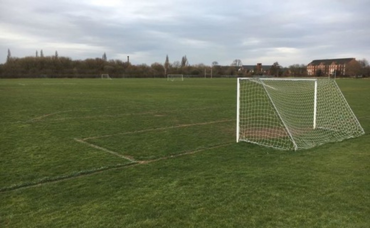 Grass Pitch - 11v11 (Adult) - SLS @ Long Eaton School - Nottingham - 1 - SchoolHire