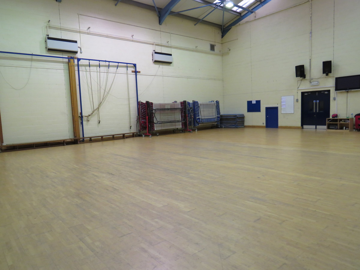 Gymnasium - Riddlesdown Collegiate - Surrey - 4 - SchoolHire