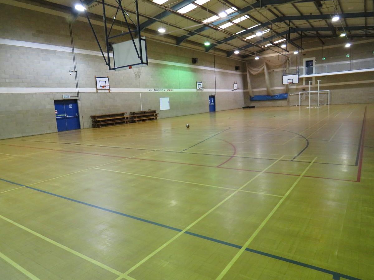 Sports Hall - Riddlesdown Collegiate - Surrey - 1 - SchoolHire